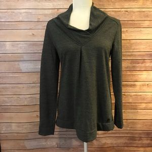 Smart wool long sleeve pullover top